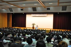 2013年度教養学会講演会報告1