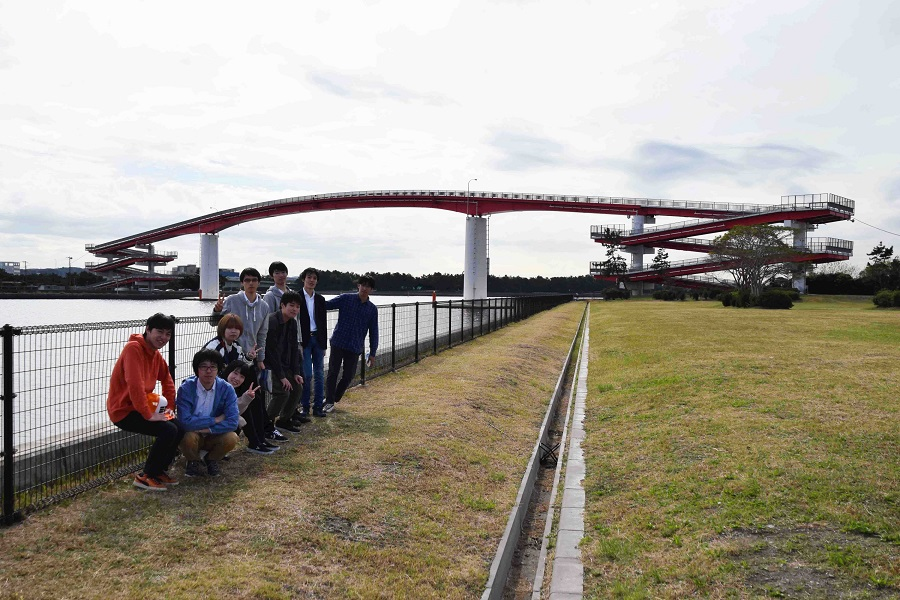 人道橋として日本一の高さを誇る中の島大橋